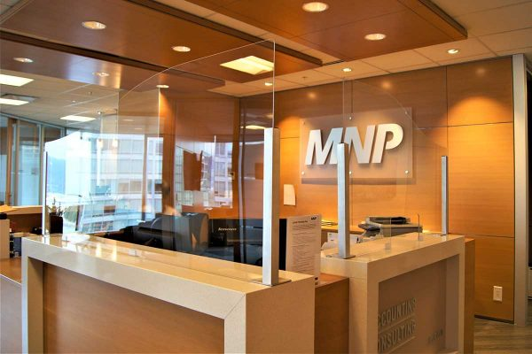 MNP-LLP-Reception-Sneeze-Guards